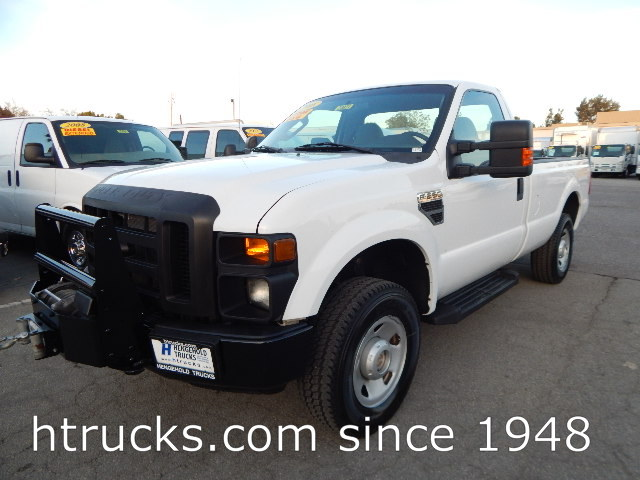 2008 Ford F250 8' Long Bed Regular Cab Pickup 4 X 4