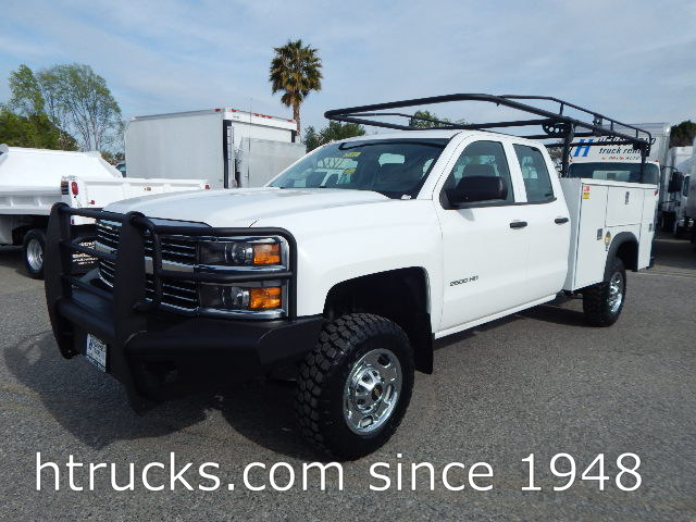 2015 Chev 2500 HD DOUBLE CAB 8' Utility with RACK - 4 X 4