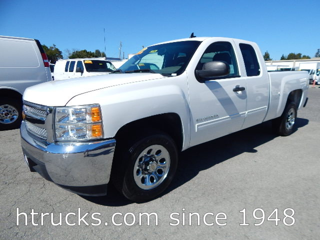 2012 Chev 1500 6.5' Short Bed EXTENDED CAB Pickup