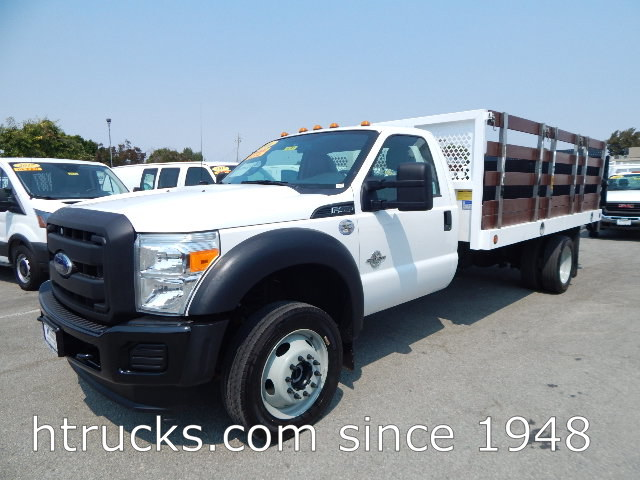 2016 Ford F450 14' Stake with LIFTGATE - 4 X 4 - 6.7L DIESEL